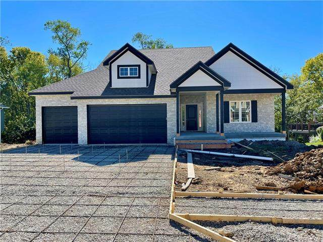 2307 Piedmont Place, Excelsior Springs, MO 64024 (#2346136) :: Dani Beyer Real Estate
