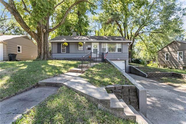 2001 NE 54th Terrace, Kansas City, MO 64118 (#2346199) :: Austin Home Team