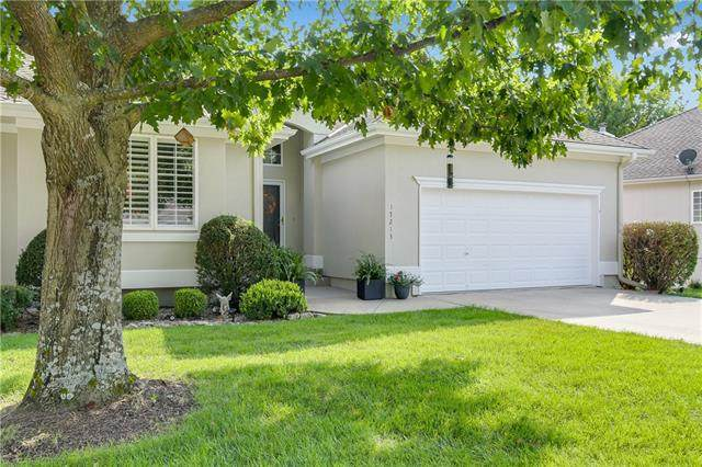 17213 E 44 Street Court S, Independence, MO 64055 (#2346490) :: The Rucker Group