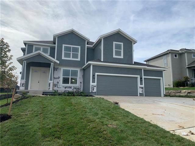 20315 W 79th Terrace, Shawnee, KS 66218 (MLS #2346579) :: Stone & Story Real Estate Group