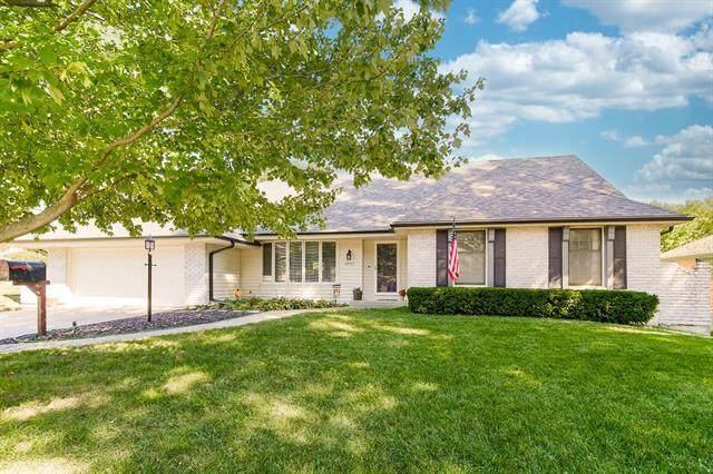 4907 Ridgeway Avenue, Kansas City, MO 64133 (#2347142) :: Tradition Home Group | Compass Realty Group