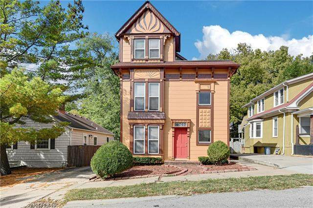 4742 Jarboe Street, Kansas City, MO 64112 (#2348298) :: Audra Heller and Associates