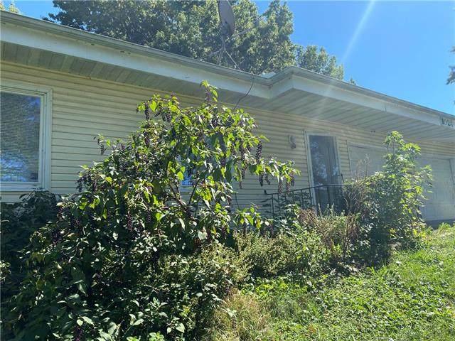 1024 Sunny Point, Trenton, MO 64683 (#2348497) :: Five-Star Homes