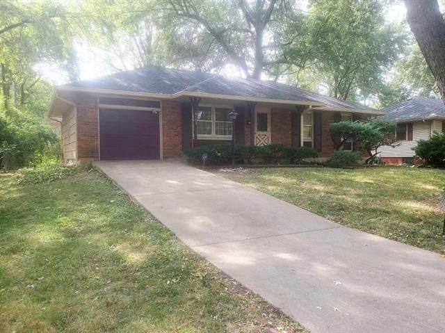 8103 E 89th Terrace, Kansas City, MO 64138 (#2348601) :: Ask Cathy Marketing Group, LLC