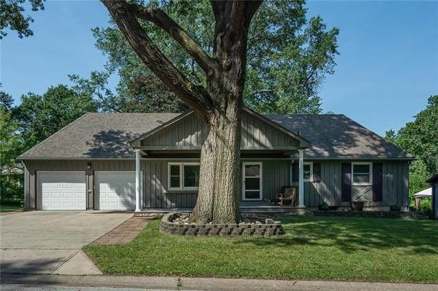 7608 Russell Road, Prairie Village, KS 66204 (#2348840) :: Ask Cathy Marketing Group, LLC