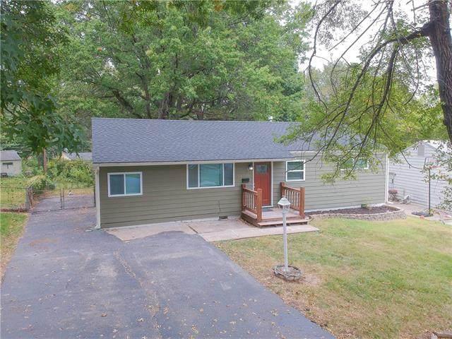 8506 Eastern Avenue, Kansas City, MO 64138 (MLS #2349189) :: Stone & Story Real Estate Group