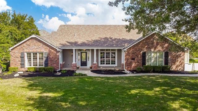 15201 Perry Street, Overland Park, KS 66221 (#2349214) :: Five-Star Homes