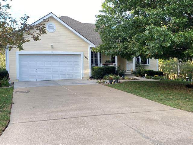 1403 Redbud Avenue, Pleasant Hill, MO 64080 (MLS #2349321) :: Stone & Story Real Estate Group
