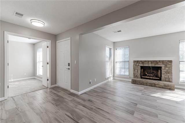 12683 W 110th Terrace, Overland Park, KS 66210 (#2349576) :: SEEK Real Estate