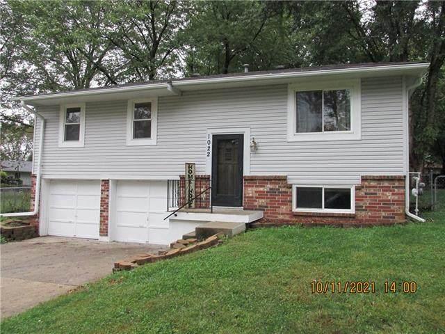 1022 Village Court, Buckner, MO 64016 (#2349741) :: Eric Craig Real Estate Team