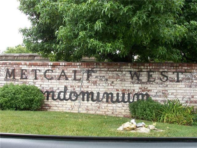 5717 Metcalf Court, Overland Park, KS 66202 (#2349742) :: Beginnings KC Team