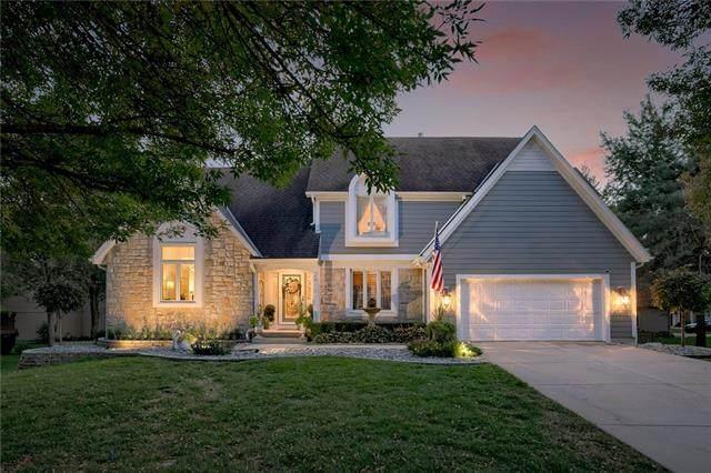 2813 W 131st Street, Leawood, KS 66209 (#2349876) :: Ron Henderson & Associates