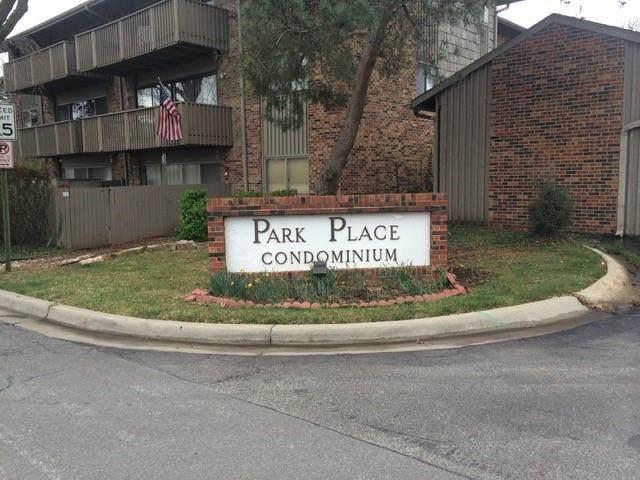 8730 Metcalf Avenue #206, Overland Park, KS 66212 (#2350151) :: Austin Home Team