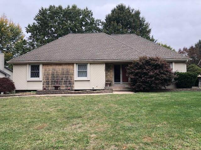 4180 SW Lafayette Place, Lee's Summit, MO 64082 (#2350201) :: Austin Home Team