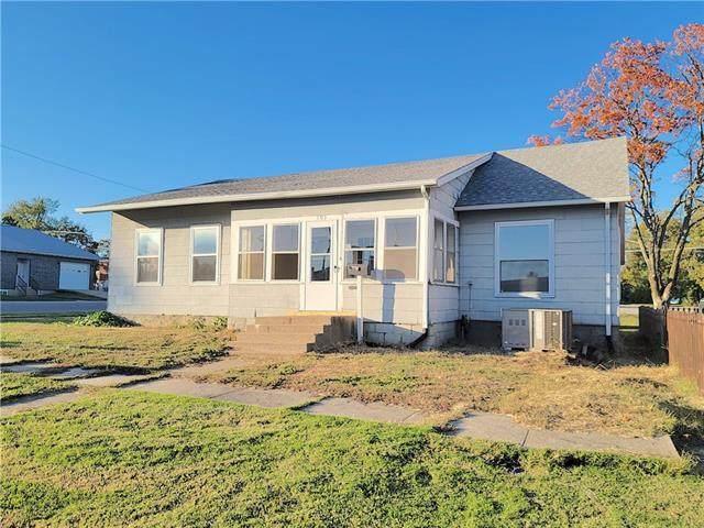 103 E 3rd Avenue, Garnett, KS 66032 (#2350298) :: Team Real Estate