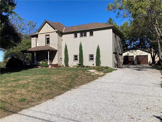 802 W Lucy Webb Road, Raymore, MO 64083 (#2350896) :: Five-Star Homes