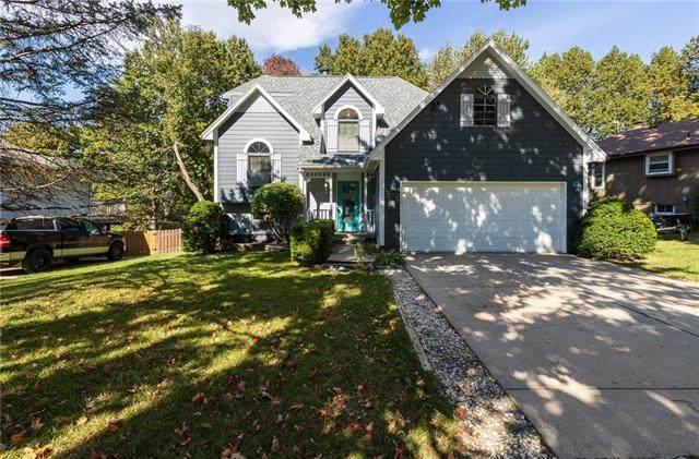 721 SE Redwood Lane, Blue Springs, MO 64014 (#2351505) :: Team Real Estate