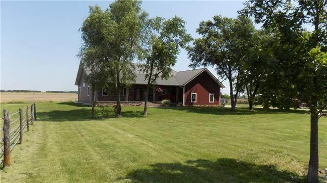 26639 300 Road, Kincaid, KS 66039 (#2352347) :: Team Real Estate