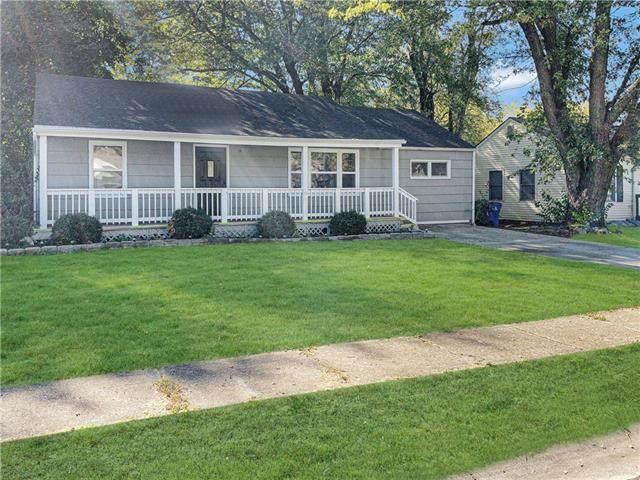 1213 E Cedar Street, Olathe, KS 66061 (#2352375) :: Ron Henderson & Associates
