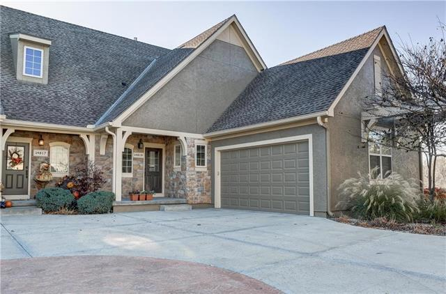 14819 Meadow Lane, Leawood, KS 66224 (#2079617) :: HergGroup Kansas City