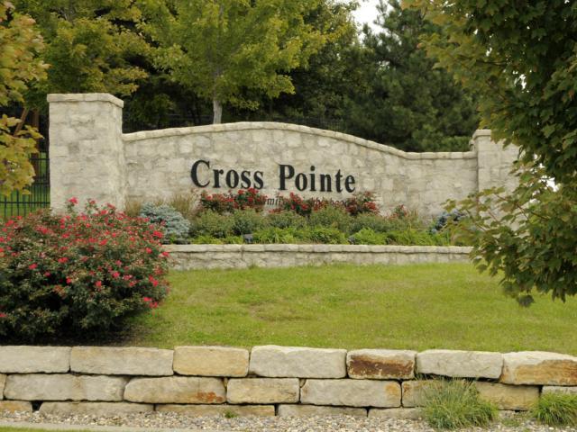 13101 W 54TH Street, Shawnee, KS 66216 (#1857602) :: Edie Waters Network