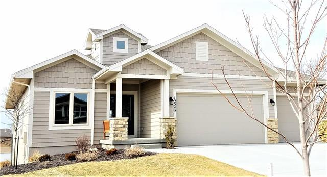 12542 S Mesquite Street, Olathe, KS 66061 (#2029021) :: Edie Waters Network