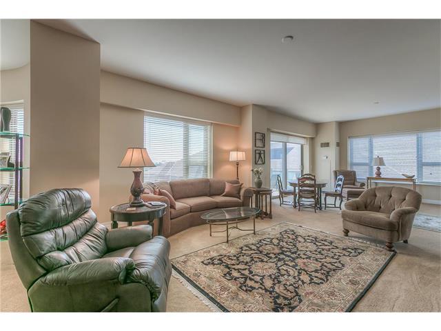 4950 Central Street #604, Kansas City, MO 64112 (#2031656) :: Carrington Real Estate Services