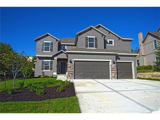 7004 Meadowlark Lane, Shawnee, KS 66226 (#2031674) :: Edie Waters Team