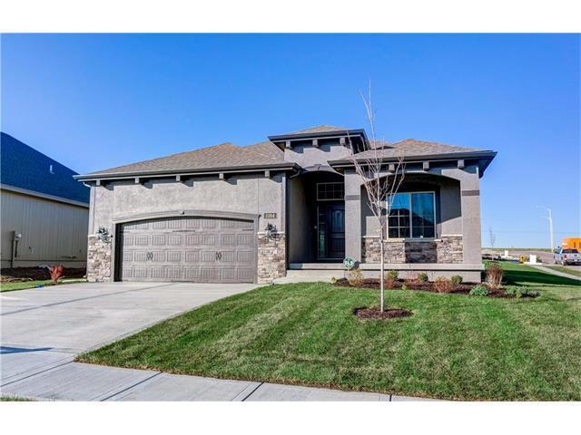 11104 N Euclid Avenue, Kansas City, MO 64155 (#2051043) :: The Shannon Lyon Group - Keller Williams Realty Partners