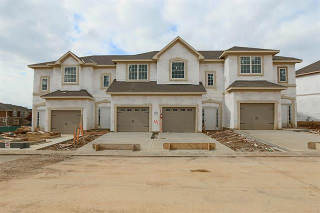 15881 Valley View Drive, Overland Park, KS 66223 (#2077372) :: The Shannon Lyon Group - ReeceNichols