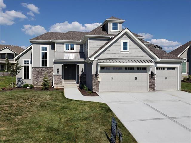 4513 NE Parks Summit Terrace, Lee's Summit, MO 64064 (#2082538) :: Edie Waters Network