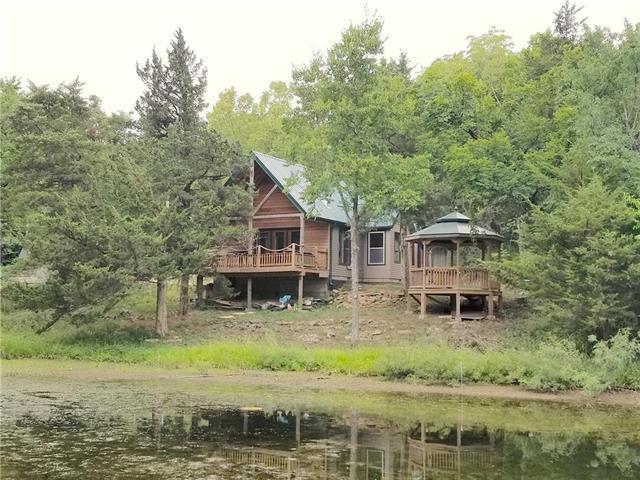 865 W Sugar Lake Drive, Mound City, KS 66056 (#2085611) :: The Shannon Lyon Group - ReeceNichols