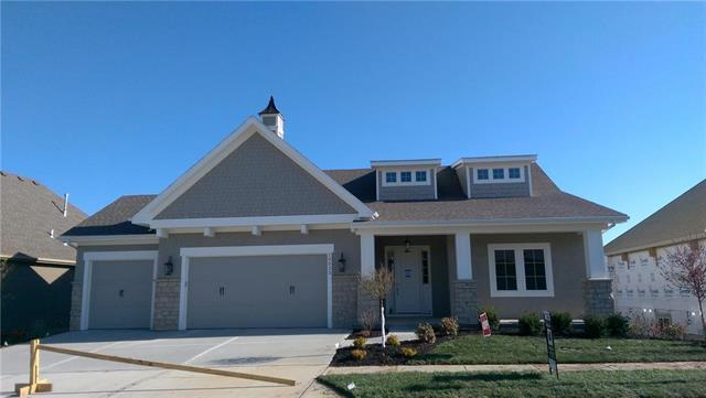10523 W 132nd Court, Overland Park, KS 66213 (#2088334) :: The Shannon Lyon Group - ReeceNichols