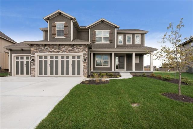 1508 SW Cross Creek Drive, Lee's Summit, MO 64082 (#2089437) :: The Shannon Lyon Group - Keller Williams Realty Partners