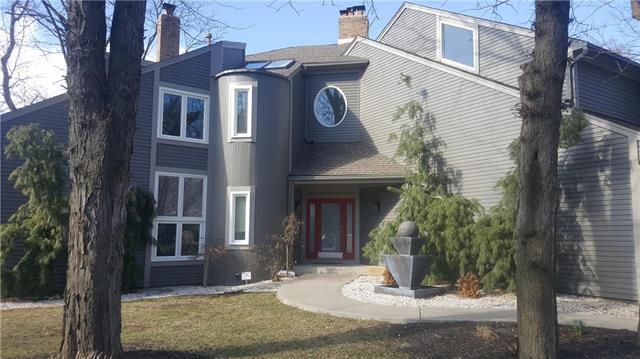 11909 Bluejacket Street, Overland Park, KS 66213 (#2093018) :: Edie Waters Team