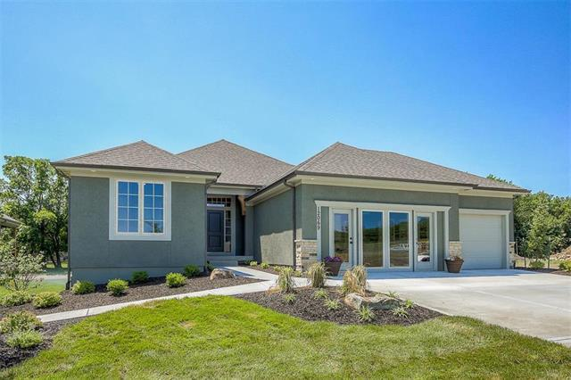 12069 W 138th Court, Overland Park, KS 66221 (#2093109) :: The Shannon Lyon Group - ReeceNichols