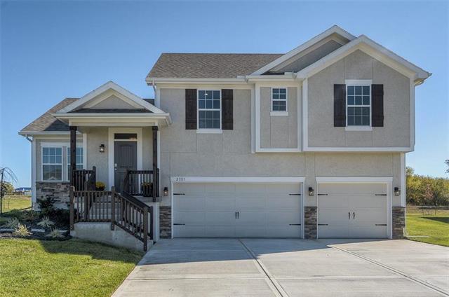 21113 W 190th Terrace, Spring Hill, KS 66083 (#2093146) :: No Borders Real Estate