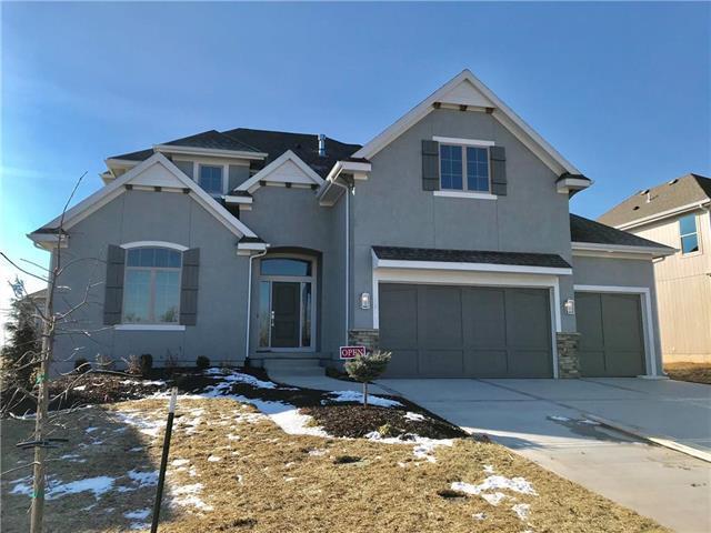 12211 W 183rd Terrace, Overland Park, KS 66013 (#2095371) :: House of Couse Group