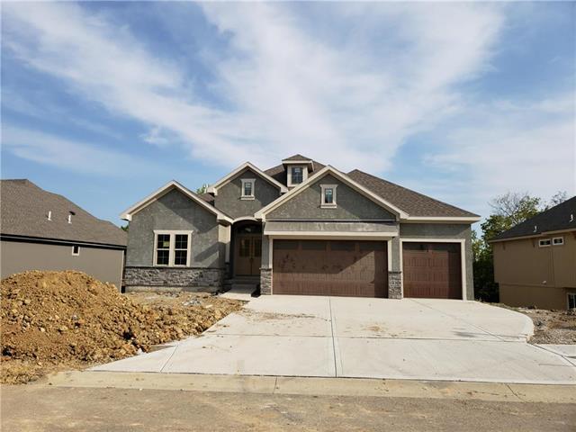 25827 W 96th Terrace, Lenexa, KS 66227 (#2102487) :: Char MacCallum Real Estate Group