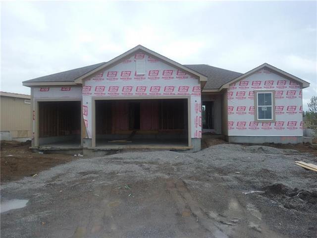 540 SE Colonial Drive, Blue Springs, MO 64014 (#2103714) :: Edie Waters Network