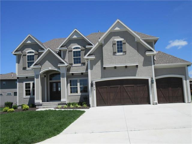 12173 S Belmont Drive, Olathe, KS 66061 (#2104471) :: The Shannon Lyon Group - ReeceNichols