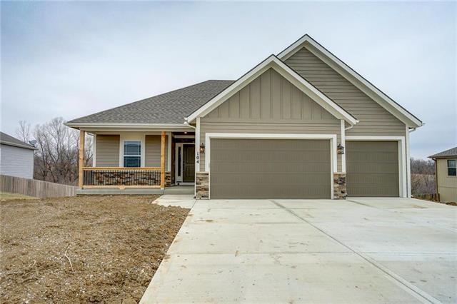 104 Creek Valley Terrace, Smithville, MO 64089 (#2106455) :: No Borders Real Estate