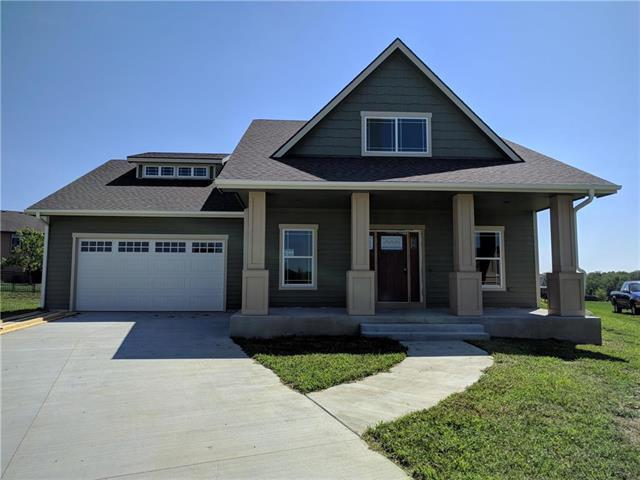 1106 Signal Lake Court, Baldwin City, KS 66006 (#2107892) :: Edie Waters Network