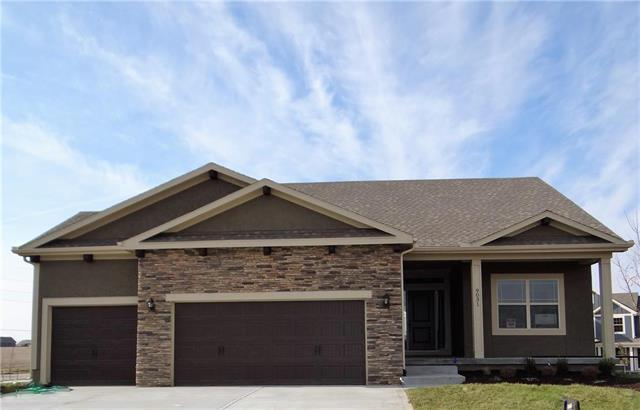 9031 SE 1st Court, Blue Springs, MO 64064 (#2107976) :: Eric Craig Real Estate Team