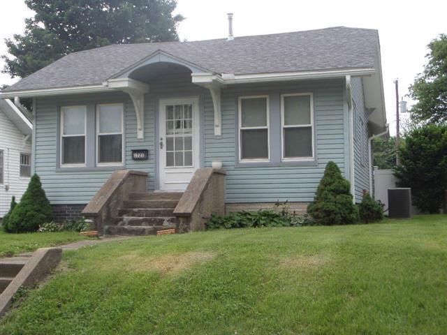 1721 Bloom Street, Lexington, MO 64067 (#2108165) :: Edie Waters Network