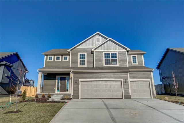 105 SW Ayden Lane, Blue Springs, MO 64064 (#2112022) :: No Borders Real Estate