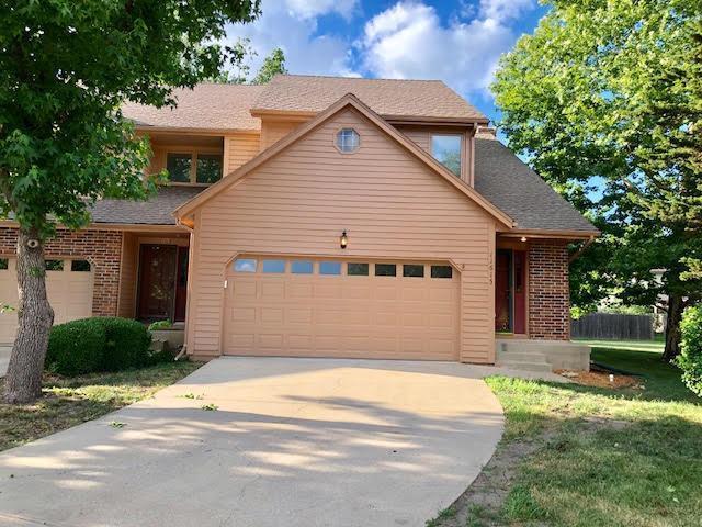 11615 Bluejacket Street, Overland Park, KS 66210 (#2112838) :: NestWork Homes
