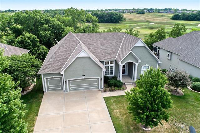 14645 S Inverness Street, Olathe, KS 66061 (#2113585) :: Edie Waters Network