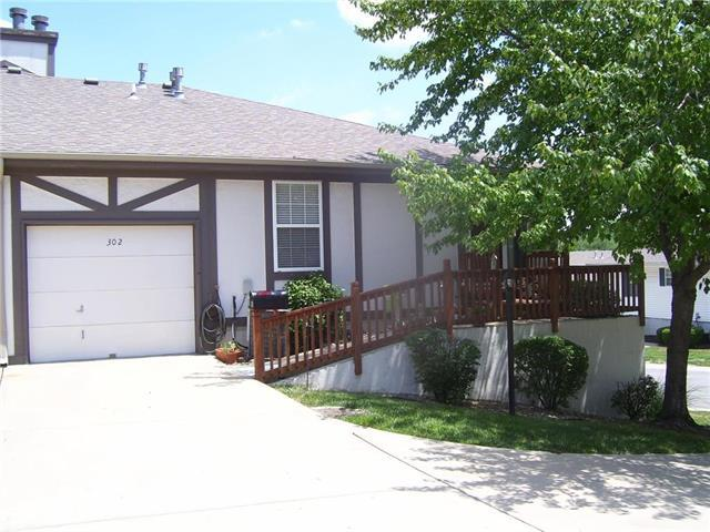 302 E Hansen Court #6, Independence, MO 64055 (#2113646) :: Edie Waters Network