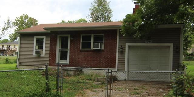 7940 Metropolitan Avenue, Kansas City, KS 66111 (#2115101) :: Edie Waters Network